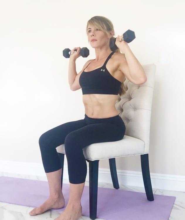sophia-mcdermott-drysdale-training-pregnant-clients-seated-shoulder-press