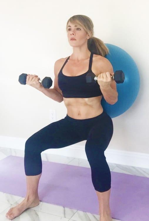 sophia-mcdermott-drysdale-training-pregnant-clients-pb-wall-squats